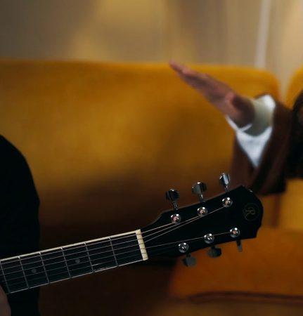 دانلود آهنگ جدید آذری ناهیده باباشلی به نام جواب سیز سورولار