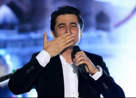 Ali Pourmehr Goshachay Concert 10 Farvardin 1396 45 641x427 450x326 - دانلود آهنگ علی پرمهر به نام اوینییم تویوندا
