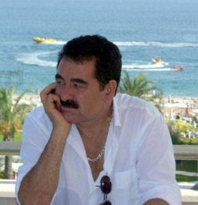 Ibrahim Tatlises Haydi Soyle 1 1 290x300 - دانلود اهنگ ابراهیم تاتلیس Haydi Soyle